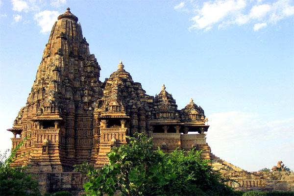 храм земной любви в Кхаджурахо