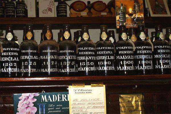 бутылки мадеры