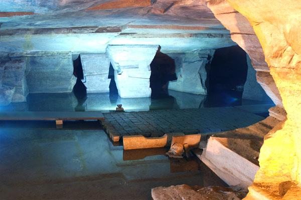 пещера Хуашань