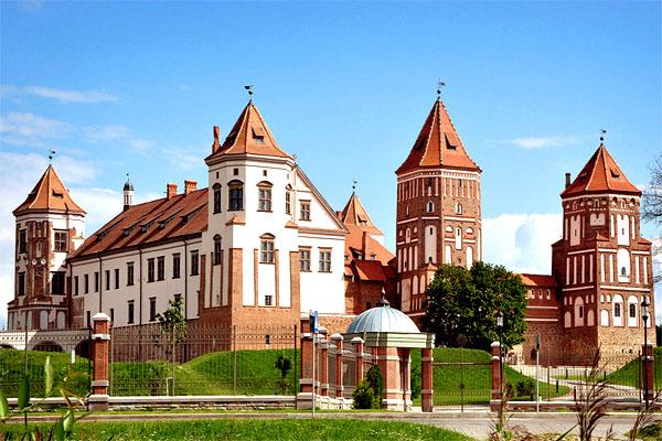 Мирский замок – романтика средневековья в архитектуре и легендах