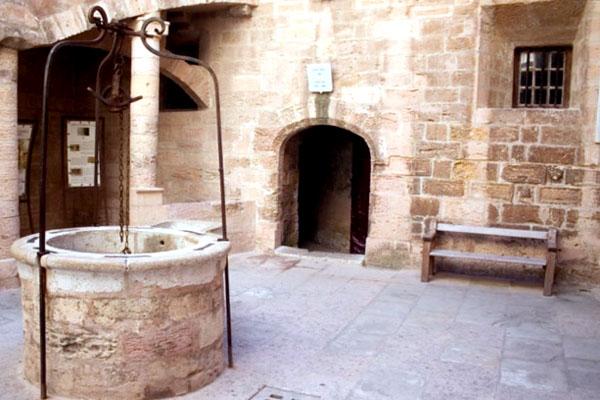 внутренний двор замка Иф