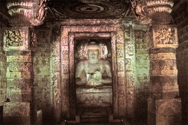 храмы Аджанты, пещера номер 1